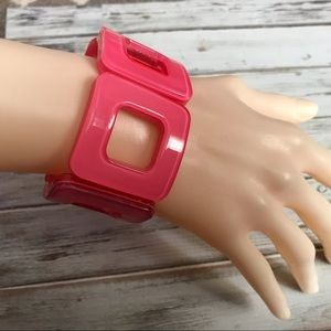 Jewelry - Hot electric pink plastic square stretch bracelet
